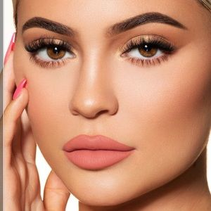 """💗New Kylie Cosmetics """"Kylie"""" Lipstick Kit 💗"""